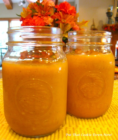 Pumpkin-Smoothie-jar
