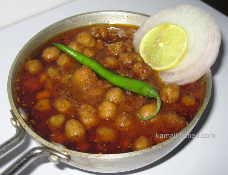 Chana Masala or Chole recipe - Indian Chickpea Curry - Meatless Monday ...
