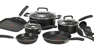 Cyber Monday T-Fal nonstick