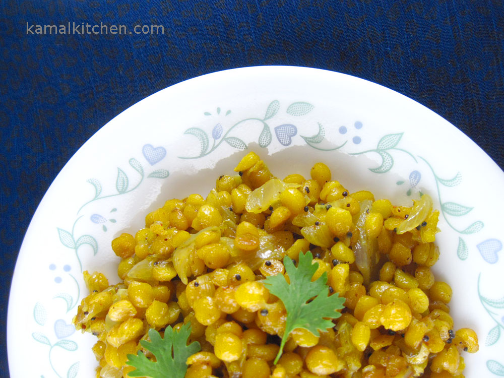 Dry chana daal with onion