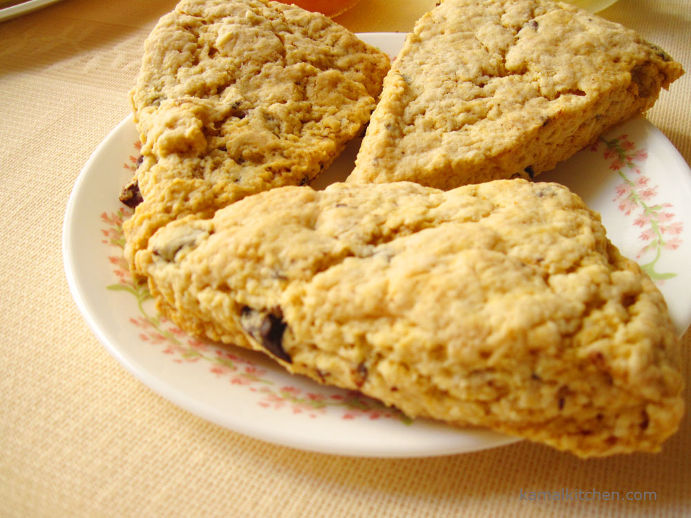 Chocolate Chip Scones – Step by Step Eggless Recipe