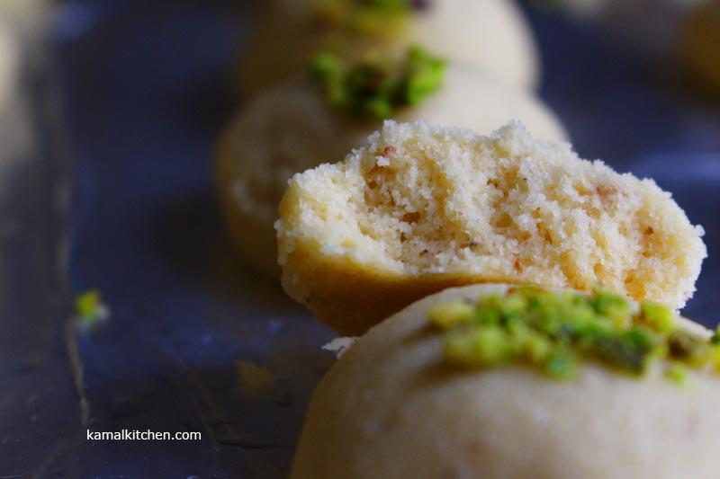 Nankhatai with Cardamom – Eggless Indian Ghee Cookies Recipe