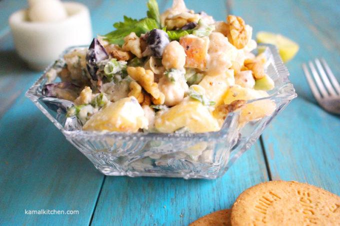 Vegetarian Waldorf Salad – Eggless Waldorf Salad with Chickpeas